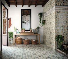 mediterranean interior design Hacienda Style Homes, Mediterranean Style Homes, Spanish Style Homes, Spanish House, Spanish Colonial Kitchen, Spanish Tile Kitchen, Spanish Style Interiors, Spanish Bungalow, Mediterranean Kitchen