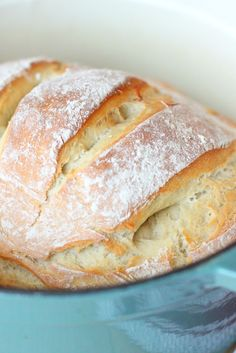Larissa Another Day: Dutch Oven Artisan Bread Larissa Another Day: Pain artisanal au four hollandais – Dutch Oven Bread, Dutch Oven Cooking, Dutch Oven Recipes, Cooking Recipes, Artisan Bread Recipes, Quick Bread Recipes, Simply Recipes, Pizza Recipes, Yummy Recipes