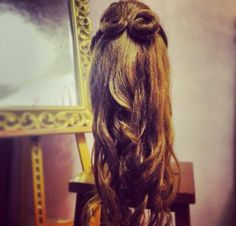 Bridesmaid's hairstyle.
