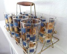 lots-a-glassware-164