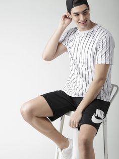FOREVER 21 White Striped Round Neck T-shirt