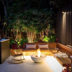 37 Beautiful Small Backyard Patio Design Ideas For Best Landscape - Ideas for small backyard patios are endless! Don't be discouraged if your backyard is tiny and you think it cannot accommodate a hard surface seating . Back Garden Design, Small Backyard Design, Terrace Design, Backyard Patio Designs, Small Backyard Landscaping, Pergola Patio, Pergola Kits, Pergola Ideas, Landscaping Ideas