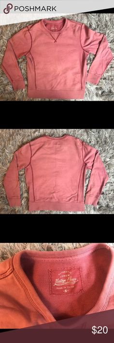 ♻️ J Crew Vintage Fleece Crewneck Sweatshirt Small Awesome fitted J Crew Vintage Fleece Long-sleeve Sweatshirt   Size - Small  Color - Red  In excellent Condition JCrew Shirts Tees - Long Sleeve