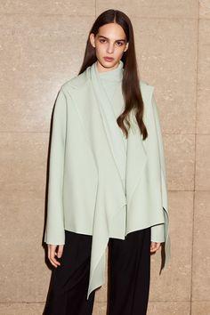 Victoria Victoria Beckham Pre-Fall 2017 Collection Photos - Vogue