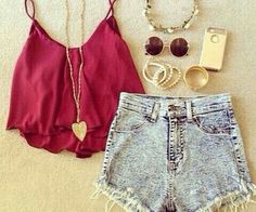 Red spagetti top, denim shorts and gold accesories