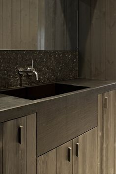 Modern Sink design Backsplash | Paris Ceramic//