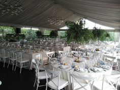 Evento organizado por www.operalloguers.com.  Silla de hierro de  www.fustaiferro.com #diseño #exteriores #boda #evento #terraza
