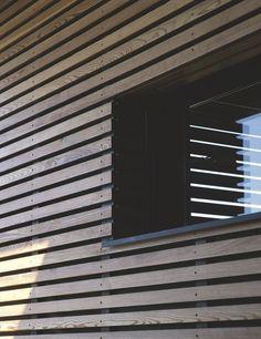 Exterior Wood Cladding Sheds 68 Ideas Exterior Wall Cladding, House Cladding, Timber Cladding, House Paint Exterior, Exterior Siding, Exterior Design, Carport Modern, Wooden Facade, Cargo Container Homes