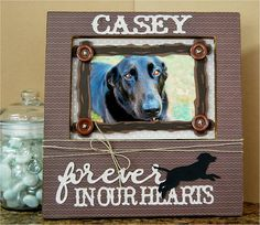 We love this Furry Friend Memorial Frame by Kristen Swain! #Cricut