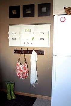 Mail Organizer and mirrors-except vertical along left side