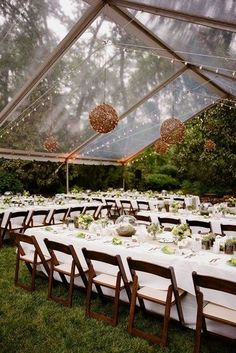 Awesome 40 Wonderful Backyard Wedding Ideas https://weddmagz.com/40-wonderful-backyard-wedding-ideas/
