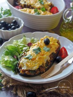 Salmon Burgers, Cheddar, Food And Drink, Ethnic Recipes, Diet, Stuffed Eggplant, Savoury Dishes, Envy, Home