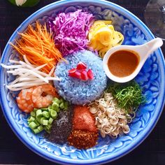 Fancy Dishes, Food Dishes, Healthy Crockpot Recipes, Cooking Recipes, Thai Food Menu, Finger Food Catering, Foods For Abs, Amazing Food Photography, Thai Street Food