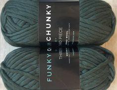 FUNKY CHUNKY Merino Wool Super Chunky Yarn Kale Green 82yd