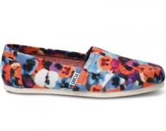 NEW IN BOX TOMS SHOES WOMENS OAHU FLOWER PRINT ANDY WARHOL SIZE 6.5