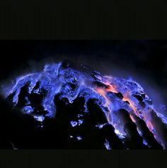 Blue lava floe