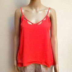 Gianni Bini Island sunset blouse Pretty orange top for summer! Loose fit. so top will fit size small or medium. Bundle it with the snake print guess shoes or BCBG cream shorts or both! (Listing reflects price for top only) Gianni Bini Tops Blouses