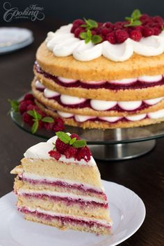 Raspberry Vanilla Cake-2
