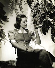 Bette Davis, por George Hurrell, 1938