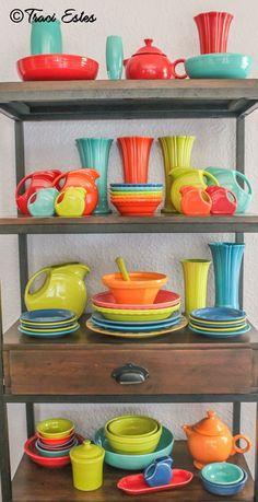 :D❤️Fiesta® Dinnerware display
