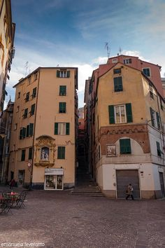 quartiere del Carmine-Genova Hearth, Places To Travel, Italy, Torino, Nostalgia, Log Burner, Home, Italia, Stove