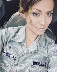woman from United States, Alaska Akiak Female Soldier, Military Women, Military Personnel, Badass Women, Single Women, Bun Hairstyles, Looking For Women, United States, The Unit