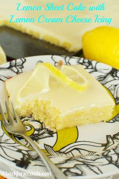 This easy Lemon Sheet Cake with Lemon Cream Cheese Frosting is made from scratch and better than a box mix! You will LOVE this moist, vibrant lemon dessert! Lemon Desserts, Lemon Recipes, Easy Desserts, Sweet Recipes, Delicious Desserts, Yummy Food, Sheet Cake Recipes, Cupcake Recipes, Cupcake Cakes