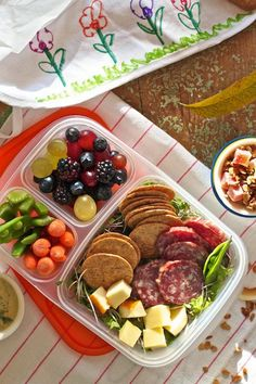 10 Healthy and Delicious School Lunches For Kids - Homemade Lunchables