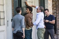 """""""Love Hurts"""" - NCIS New Orleans S1 E8. Zoe McLellan as Special Agent Meredith """" Merri"""" Brody, Shawn Carter Peterson as Marco Drayer, Scott Bakula as Special Agent Dwayne Pride, Lucas Blck as Special Agent Christopher La Salle."""