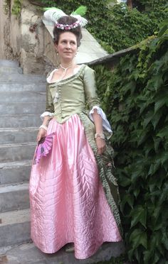 Robe a la polonaise with a quilted petticoat, c. 1780 aka a new life of an old gown
