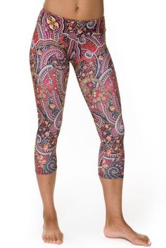Onzie Hot Yoga Capri | Bikram Yoga Clothing | Leggings | Evolvefitwear.com. Just ordered these, hope they are as cute as they look.