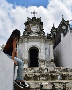#CementerioGeneraldeGuayaquil Donde el #Misterio invade a todos. Vive tu mejor #aventura con #Rutaviva#TravelTheWorld  Los mejores #HOTELES DESTINOS y SERVICIOS encuéntralos en http://ift.tt/2nuTUfm Photo: @vanessein #EcuadorNow#ViajaPrimeroEcuador#FeelAgainInEcuador  #Ecuador#FamiliaViajeraEcuador  #allyouneedisecuador #travelblogger #mochileros #natgeotravel#SoClose #LikeNoWhereElse #amor  #AllInOnePlace#instatravel #TraveltheWorld #primerolacomunidad#World_Shots #live #familiaviajera…