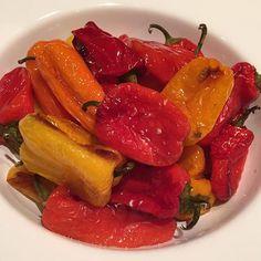 Make 'em sweat! {{Roasted Sweet Mini Peppers}} #recipe here: https://goo.gl/OoSan4  #SummerDiet #FFactorApproved