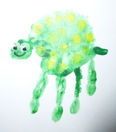 Hand Print Animals: Turtle