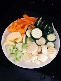 Lunch: I simply boiled this plate of sliced vegetables using a crinkle cut knife - a parsnips courgette & some swede, butternut squash & celery (if I was to make this again I wouldn't add the courgette or celery) & added some apple cider vinegar -gluten free -low carbohydrate -dairy free -post workout