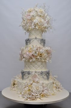 Sylvia Weinstock Wedding Cakes | Sylvia Weinstock Talks Wedding Cakes! | The Bridal Circle