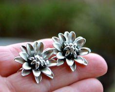 CLIP On Coro Earrings Silver Designer Vintage Coro Screw back Brushed Silver Open Blooming Petal Flower Screw Back Earring