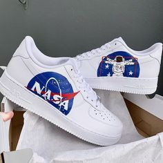 NASA Custom How should the right shoe choice be? White Nike Shoes, Vans Shoes, Shoes Sneakers, Soccer Shoes, Suede Shoes, Flat Shoes, Leather Sandals, Sneakers Fashion, Custom Painted Shoes