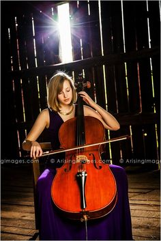 Amazing senior pics for all the musicians out there! Caitlin got to get some awesome shots with her Cello.