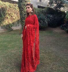 Noor Monnoo in a @farazmanan sari from the VICEROY collection ❤️ #stunning #redonred #red #farazmanan #lahore #winter #weddings #dubai #mydubai #london #couture #farazmanandubai
