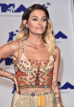 Paris Jackson attends the 2017 MTV Video Music Awards.