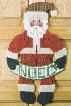 PLASTIC CANVAS PATTERNS FOR CHRISTMAS « Free Patterns http://patternsge.net/plastic-canvas-patterns-for-christmas/