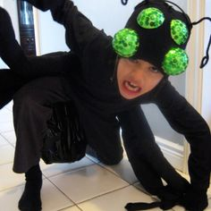 DIY Spider Costume | 27 Spooktacular Halloween Ideas