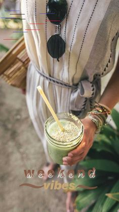 Why Green Smoothies Are Good For You — Good Mood Shopper Ideas De Instagram Story, Creative Instagram Stories, Ig Story, Insta Story, Symbole Instagram, Story Inspiration, Fitness Inspiration, Insta Photo Ideas, Instagram Feed