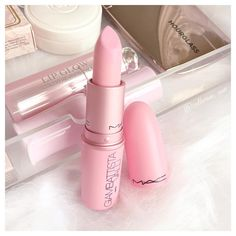 Mac Giambattista Valli Lipstick Bianca B, Baby Pink  insta: catherine.mw