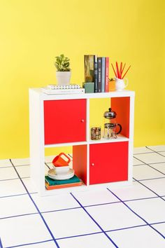 Check out how @refinery29 gets creative with 3 easy IKEA KALLAX bookcase DIYs