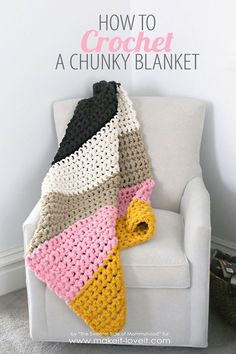How to crochet a chunky blanket. {I would love a brown and white striped blanket like this for our couch in the living room}