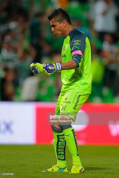 TORREON, MEXICO - OCTOBER 24: Oswaldo Sanchez goalkeeper of Santos celebrates the goal scored by Javier Orozco (not in frame) during a match between Santos Laguna and Pumas UNAM as part of 14th round Apertura 2014 Liga MX at Corona Stadium on October 24, 2014 in Torreon, Mexico.