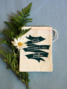 Cute favor bags -- customizable printed muslin bags from BenignObjects.