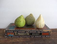 3 vintage marble fruit itatian stone fruit by anythinggoeshere, $45.00 Stone Fruit, Fruits And Vegetables, Pear, Marble, Carving, Antiques, Handmade Gifts, Vintage, Etsy